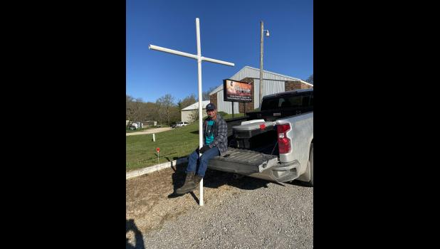 Jason Guidry participating in Carry the Cross by Shepherds Table church. (photo credit: Braden Marriott)